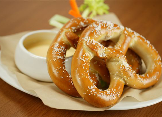 Champions pretzels and beer cheese dip