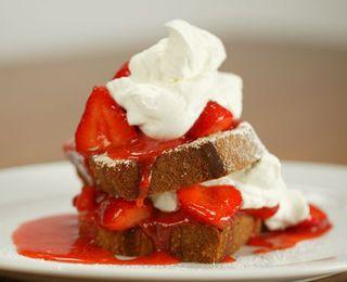 Champions strawberries and cake